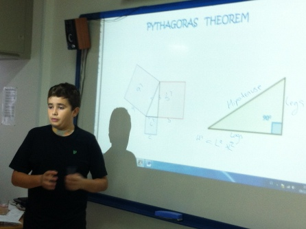 Practical demostration of Pythagoras theorem